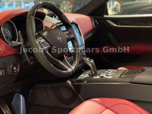Maserati, Ghibli, Gransport, MY2020, Carbon, Nerissimo