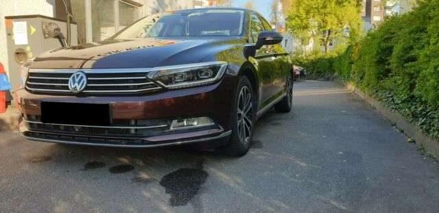 Volkswagen, Passat, Lim. Highline BMT~PANORAMA~NAVI~KAMERA~