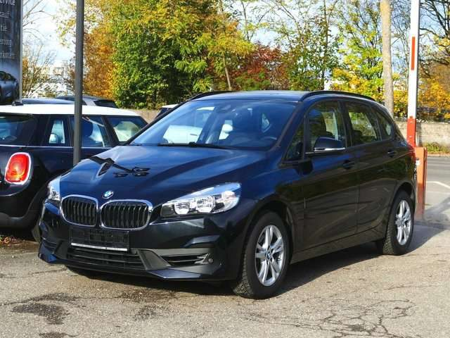 BMW, 218, Active Tourer i neues Modell Navi Parkassist