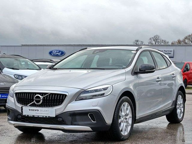 V40 Cross Country, T3 Geartronic Plus