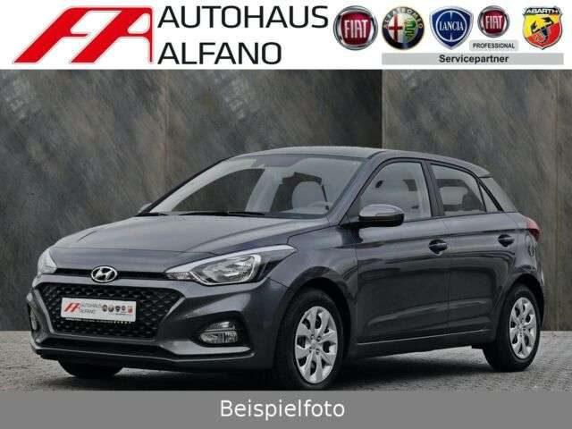 Hyundai, i20, 1.0 NAVI R.Cam/P.sen shzg Klima Bth T.om