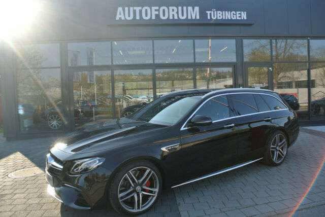 E 63 AMG, E 63 S 4MATIC+ T Autom. *AMG Drivers Package*