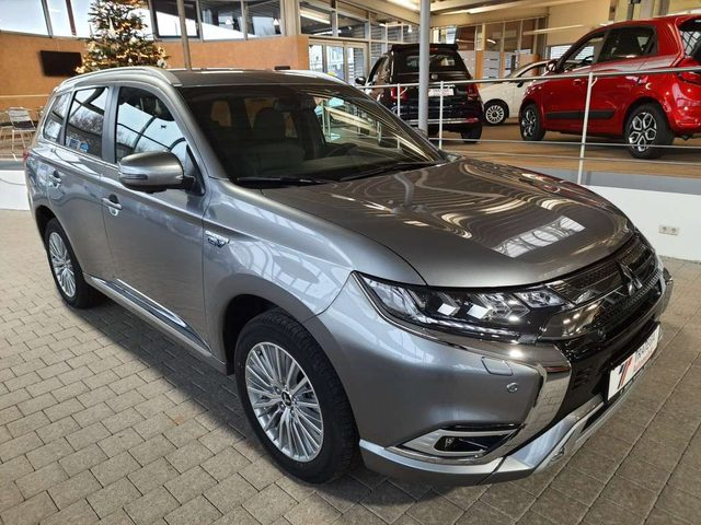 Outlander, 2.4 4WD Plug-In Hybrid Plus Intro Paket