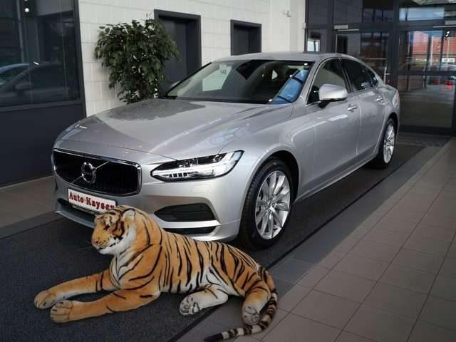 Volvo, S90, T4 Benzin Momentum Automatik. nur 50km *SCHNÄPPCHE