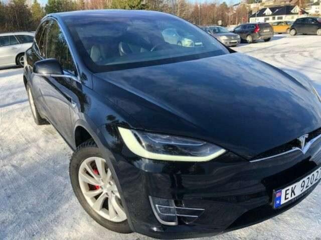 Model X, Ludicrous Performance 5-s Autopilot