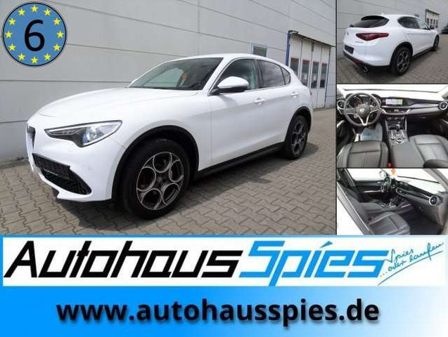 Stelvio, 2.0 Turbo Super Q4 AT8 EURO6 ACC RKam Bi-Xen Leder