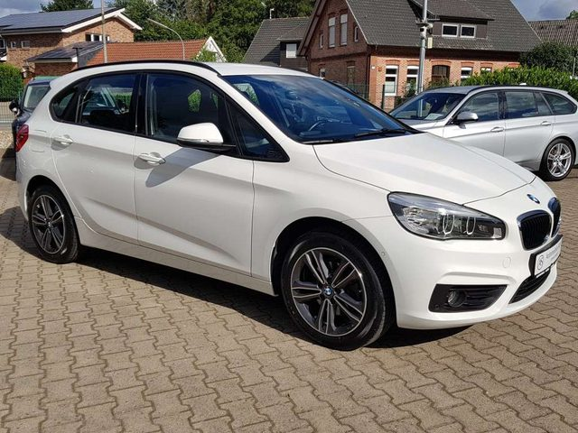 218, i Active Tourer Automatik+LED+Navi+Leder