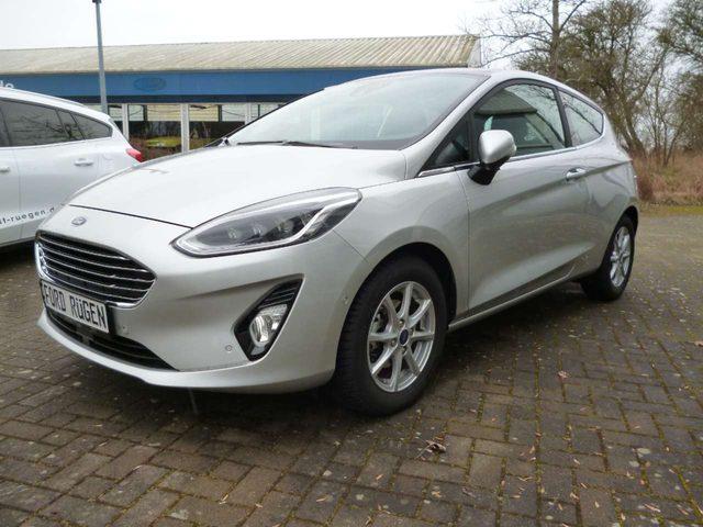 Ford, Fiesta, Titanium (CE1)