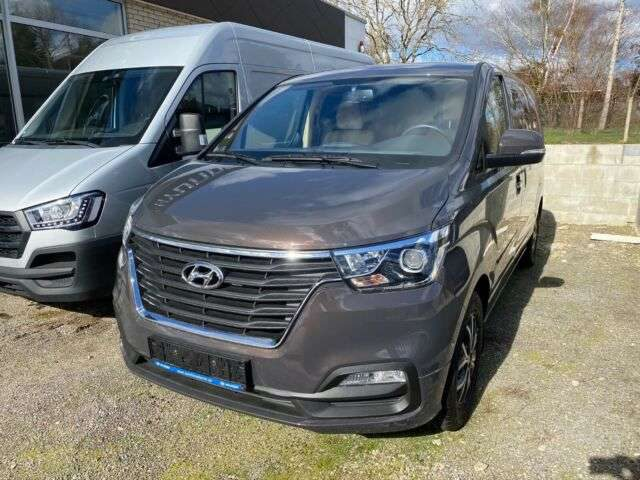 H-1, Travel 2.5D 170PS A/T Premium, Standheizung